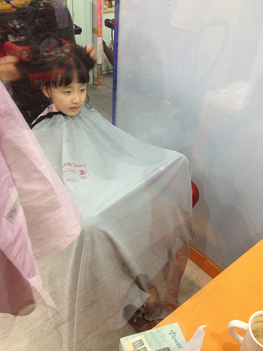 At Bubble Story, a hair salon for children