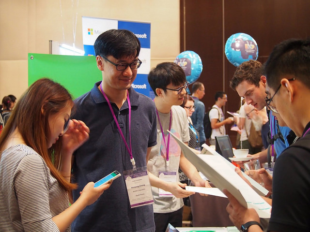 SIGIR 2017 Naver desk