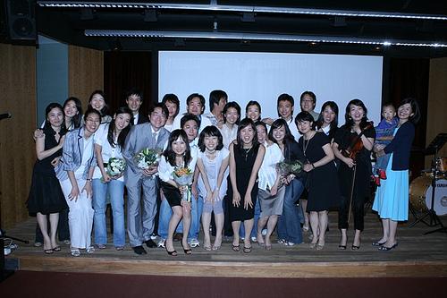 공연 후 단체사진
