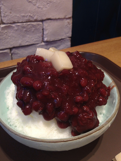 Patbingsoo(Sweetened Red beans on  snow cone) @ 롯데백화점 잠실점 레드빈